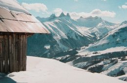 Huisje op de top van Saint Jean D'arves wintersportgebied