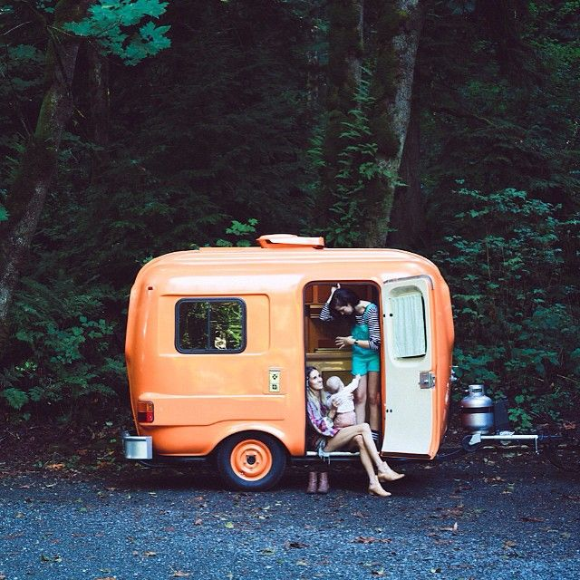 Koraal oranje camper Roxy