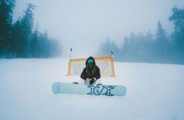 Snowboard chick