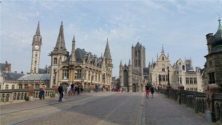Overzicht van de stad Gent
